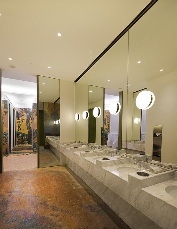 Studio Illumine - Value Retail Shanghai Restrooms